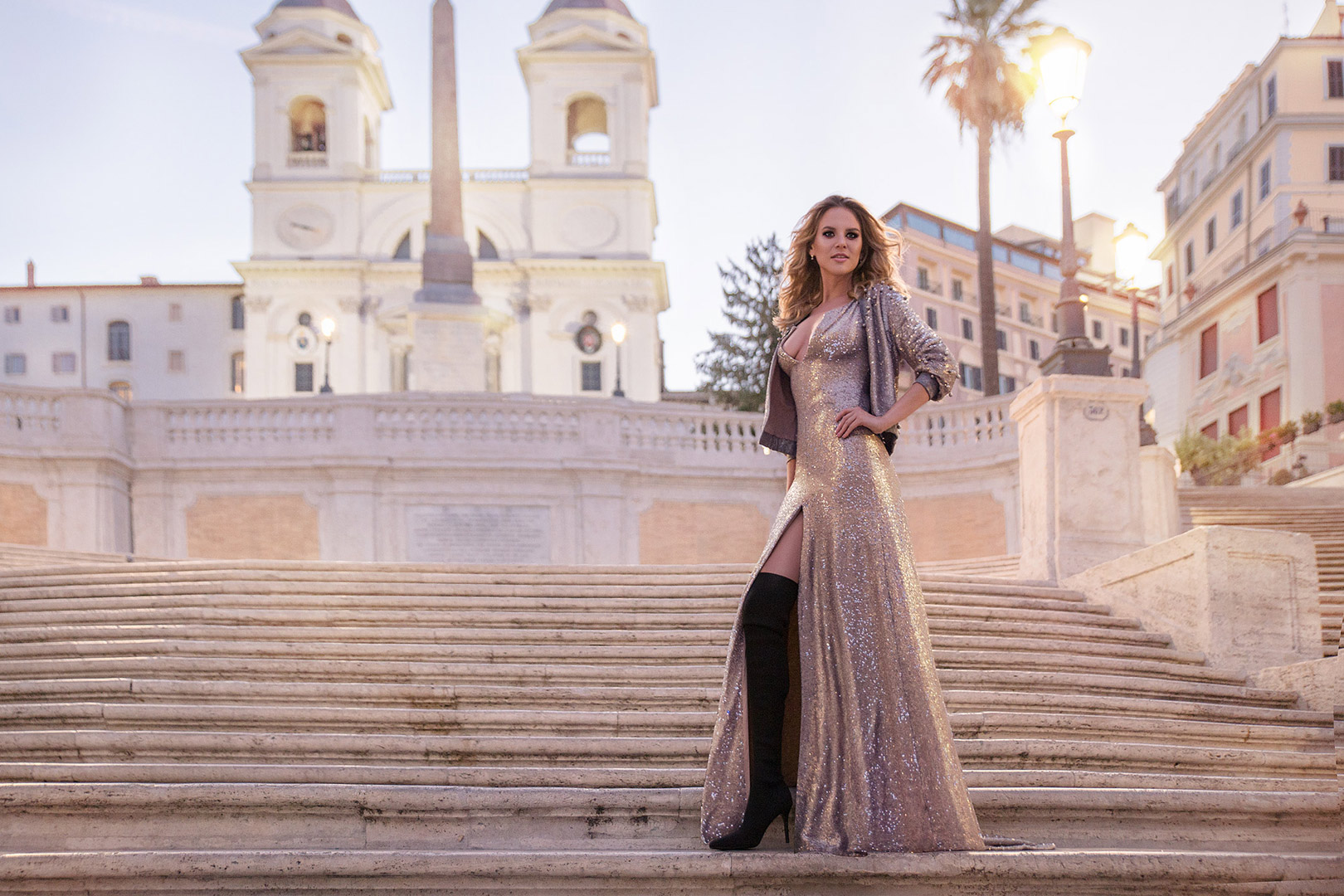 Dream portrait session experience in Rome next to the Spanish Steps
